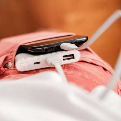 Power Bank, Lautsprecher, USB